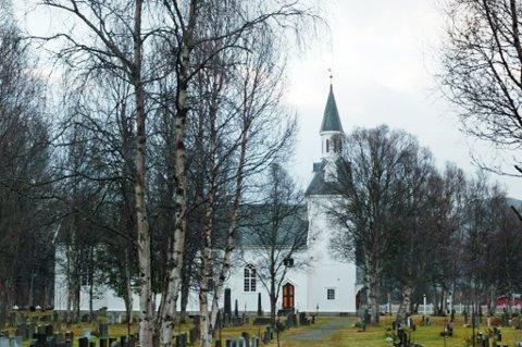 INGEN LYD: Det er lagt ned forbuud mot høytidskimning ved Nordiresa kirke, og derfor blir det ikke ringt inn til jul ved kirken i år. Arkivfoto: Ola Solvang