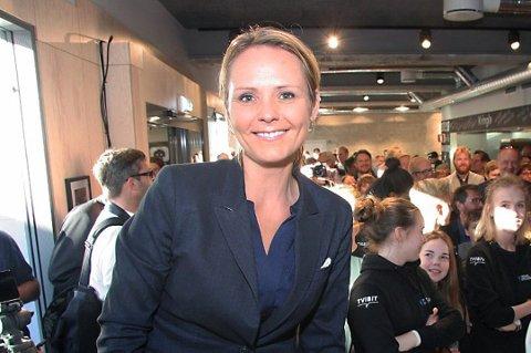 Kulturminister Linda Hofstad Helleland (H) åpner for at Narvik kan søke VM i alpint i 2025. Kulturministeren slår fast at Hafjell og Kvitfjell har ikke enerett på å søke på internasjonale idrettsarrangement.