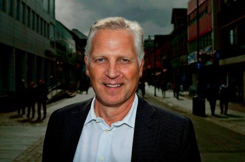 - GYLLEN MULIGHET: Stortingsrepresentant Øyvind Korsberg (Frp) oppfordrer Myrseth, Norvoll og Sjåstad til å gripe den nye sjansen.