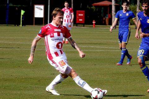 Runar Espejord mot Rostov mandag. Unggutten har scoret i begge TILs treningskamper i Tyrkia.