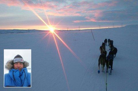 FIKK PRIS: Jim-Ove Pedersen fra Nordreisa fikk «Veterinærprisen» for å ha hjulpet en annen hundefører under Bergebyløpet i Finnmark, som ble avsluttet forrige fredag.