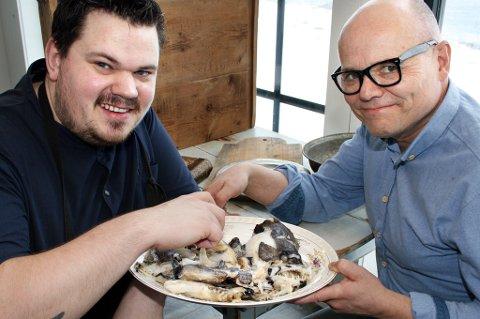 Halvar Ellingsen og Eirik Nilssen vil vekke apetitten på gamle nordnorske matretter.