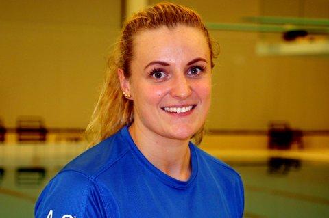 NYTT KAPITTEL: Susann Bjørnsen fra Setermoen er snart ferdigutdannet sykepleier og allerede på vei inn i yrkeslivet. Nå sier hun farvel til perioden i livet som toppsvømmer og medaljegrossist.