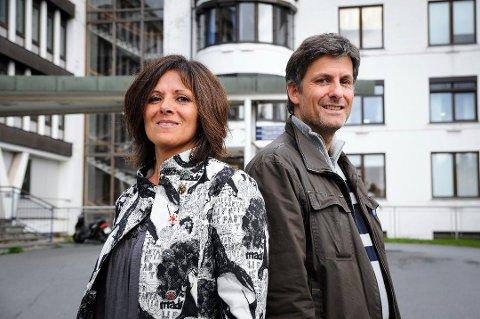 FØLGER OPP: Viseadministrerende direktør Marit Lind, her sammen med UNN-direktør Tor Ingebrigtsen, får manedlige rapporter fra to av sykehusets klinikksjefer. Målet er null avvik blant sepsispasienter.