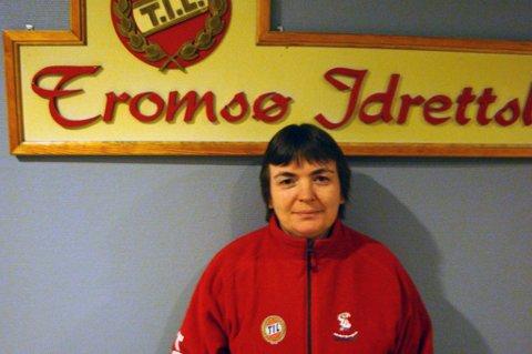 GAVMILD: TIL-supporter Beate Jensvoll vant 7,4 millioner kroner i lotto i januar. Tromsøkvinnen har sagt opp jobben på Vestlandet og kjøpte leilighet i hjembyen, i tillegg til å gi penger til forskning på ALS-sykdom og reisestøtte til TILs supporterklubb Isberget.