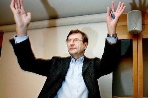 - INGEN LIVSSYNSSAK: Jarle Aarbakke sier det ikke handlet om livssyn da han stemte mot et forslag om å stryke Tromsøkirka som mottaker av tilskudd.