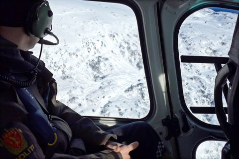 FERKE SPOR: Sporene er så mange at det er vanskelig å telle hvor mange snøskutere som har vært kjørt her.