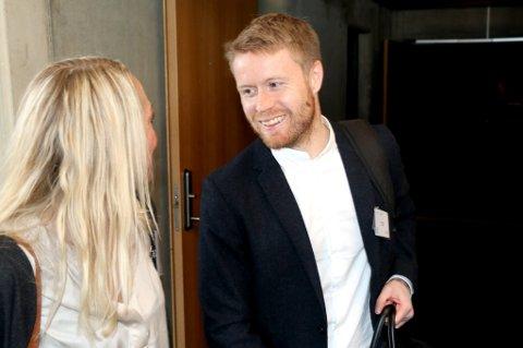 POPULÆR: Tom Høgli traff mange gamle kjente da han var innom prestasjonskonferansen til Olympiatoppen for å holde et innlegg. Her med lege Jorid Degerstrøm.