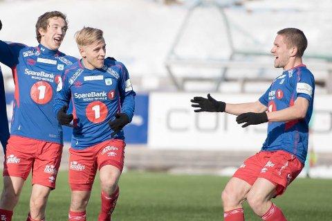 DRAMATISK KAMP: Mathias Dahl Abelsen satte inn TUILs tredje scoring på overtid - etter at Ranheim ledet 2-0.