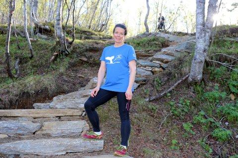 PROSJEKTLEDER: Margrethe Rabås ved den dele av stien som ble bygd i fjor.