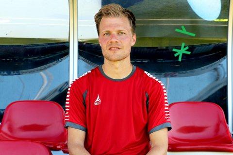 Jo Nymo Matland står uten kontrakt i slutten av måneden, og søker seg hjem til norsk fotball etter et par år i Belgia. Venstrebacken sier han er positiv til TIL hvis det skulle bli aktuelt fra klubbens side. Onsdag deltok han på TILs trening på Alfheim.