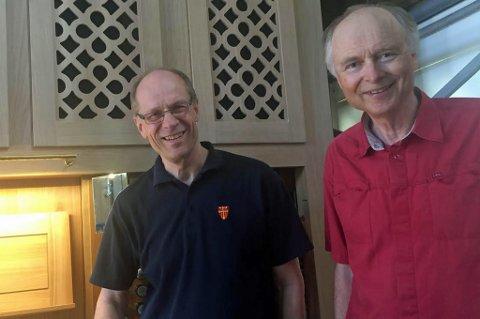GLEDER SEG: Biskop Olav Øygard og fungerende domprost Kjell Y. Riise, ser frem til en hel uke med konserter for å innvie det nye orgelet. Foto: Astrid Øvre Helland