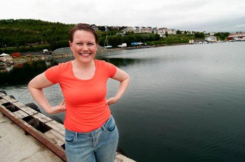 HJEMME: Ane-Marthe Aasen (33) er vokst opp i Eidkjosen i Kaldfjord. Nå er hun tilbake i fylkespolitikken etter at hun for ti år siden var fylkesvaraordfører.