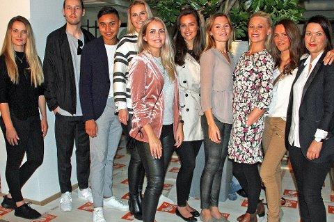 DE ANSATTE:Her er gjengen som driver Høyer-butikken i Tromsø. De er Sara Ratkje, Cathrin Holmboe, Sebastian Henriksen, Ingvild Myrnes, Andrea Simonsen, Kirsten Nystad, Guro Figenschau, Victoria Stenvold, Sindre Eide, og Nora Winther, Sarah Lisa Arnesen