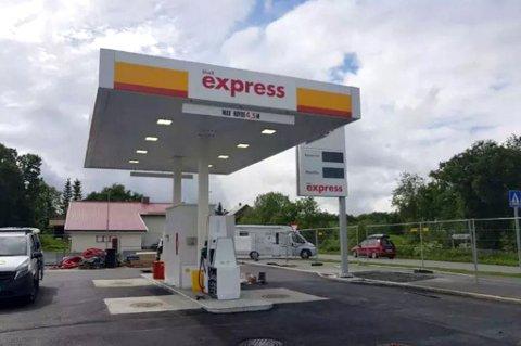 Torsdag åpner den ubemannede bensinstasjonen på parkeringsplassen utenfor Coop Xtra på Sør-Tromsøya.