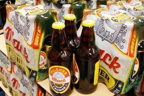 Øl i butikk.