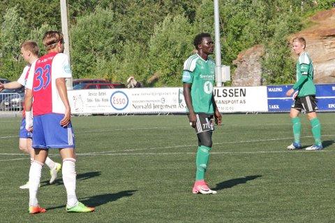 RØDT KORT: Med to gule kort på tre minutter ble El Hadji Sega Ngom utvist etter kun 23 minutter lørdag. Her mot KFUM tidligere i sesongen.