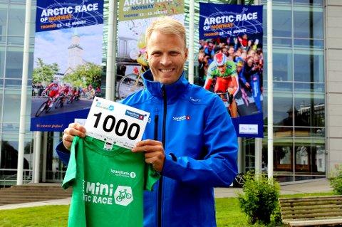 Lars Nymo Trulsen og Sparebanken Nord-Norge inviterer som i 2014 til Mini Arctic Race for de minste i Tromsø sentrum kommende søndag. Startnummeret indikerer at man håper på over 1000 deltakere denne gangen.