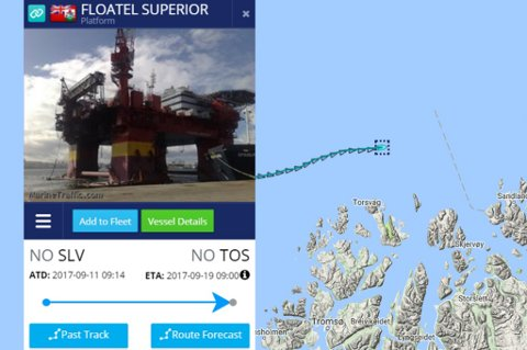 5 KNOP: Floatel Superior holder fem knops fart inn mot Tromsø. Skjermdump: marinetraffic.com