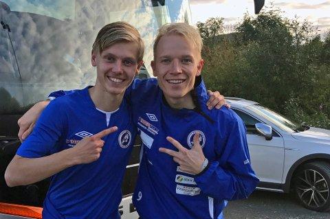 TOPPSCORER: Christer Johnsgård (t.h) har brukt fem kamper på å bli toppscorer i 3.divisjon. Mot Skjervøy satte han inn tre mål da Senja vant 5-0 borte. Søskenbarnet Markus Johnsgård (t.v) scoret ett og hadde to målgivende.