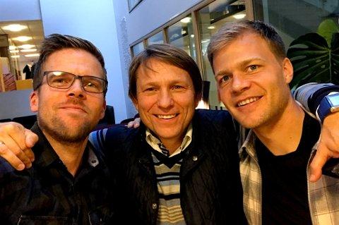 NY EPISODE: Steinar Nilsen er på besøk hos Anders Mo Hanssen og Jo Nymo Matland i den ferske utgaven av fotballpodkasten JoMos Kosmos.