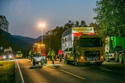 OMKOM: Tre personer omkom i ulykken på E6 i Storfjord søndag. Ulykken er en av de verste trafikkulykkene i Troms i nyere tid.