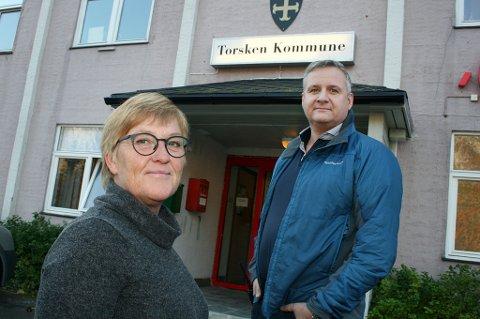 TJENER MINST: Rådmann Lena Hansson og ordfører Fred Ove Flakstad utgjør den billigste kommunale toppledelsen i Troms.