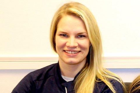 Fløya-trener Eline Torneus har gjort comeback på banen for Fløya i de to siste kampene. Det har gitt seks poeng og 6-0 i målforskjell. Det siste målet satte hun selv inn.