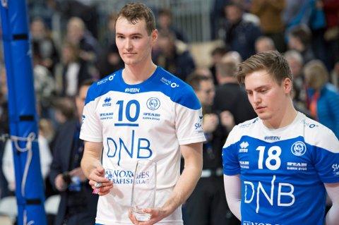 NEDTUR: Robin Bergheim (t.v) og Vegard Paulsen (t.h) tydelig preget av at cupfinalesølv er en nedtur.