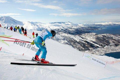 SPEKTAKULÆRT: Et av bildene som brukes for å fremme Narviks søknad om VM i alpine grener i 2025.