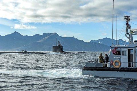 I oktober 2016 dukket denne amerikanske atomubåten opp ved Hekkingen for på ta om bord forsyninger. Foto: Eirik Bjørklund