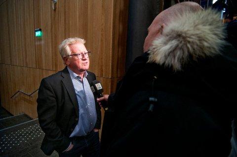 NEKTER SKYLD: Advokat Ulf Hansen er forsvarer for den sedelighetssiktede mannen fra Troms. Han forteller at hans klient stiller seg helt avvisende til siktelsen.