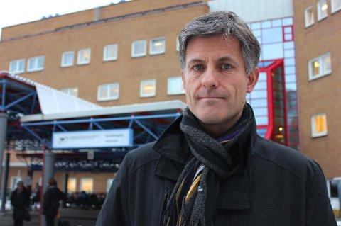 PROFESSORJOBB: Nå er det bekreftet at tidligere sykehusdirektør Tor Ingebrigtsen får jobb som professor ved UiT Norges arktiske universitet.