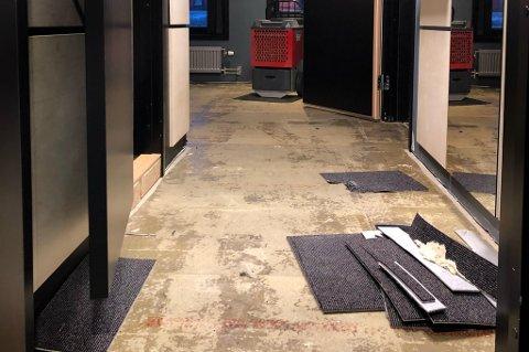 Flere hotellrom har vært stengt i lang tid etter episoden. Foto: Privat
