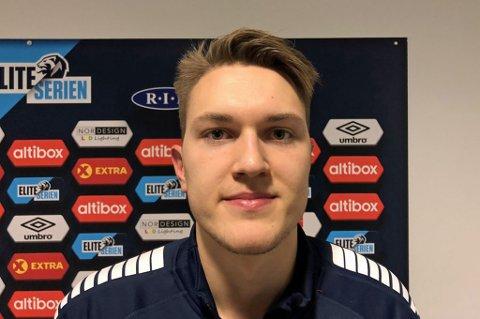 FÅR SKRYT: Jacob Karlstrøm fikk sjansen fra start mot Ranheim. Etter kampen vanket det skryt til unggutten.