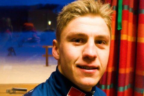 PÅ HJEMMEBANE: Erik Valnes slapper av i klubbhuset til BOIF Ski, moderklubben som eliteløperen vokste opp i.