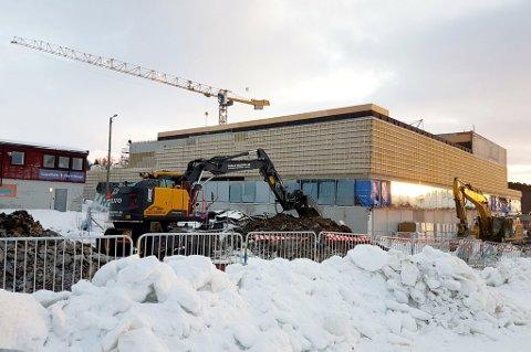 INNRØMMER FEIL: Daglig leder Rune Madsen i Roald Madsen AS erkjenner at det ble gjort en feil da de forsøkte å stanse en vannlekkasje ved Tromsøhallen. Dette bildet er tatt ved en tidligere anledning.