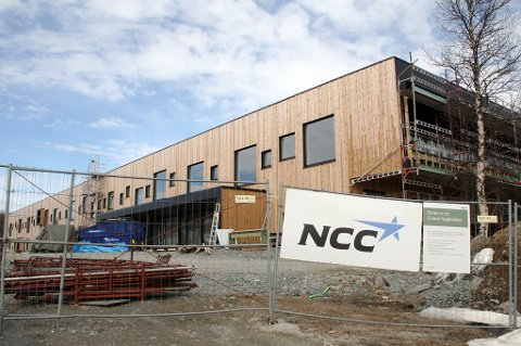 Nyskolen på Rustahøgda er på 8.000 kvadratmeter og skal huse 4-500 elever.