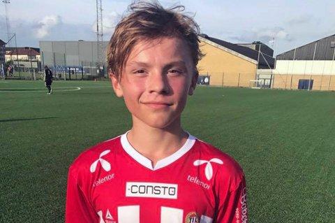 ETTERTRAKTET: Isak Hansen-Aarøen er ønsket av tre Premier League-klubber. Liverpool skal nå forhandle med TIL om en intensjonsavtale for overgang for 13-åringen når han fyller 16 år.