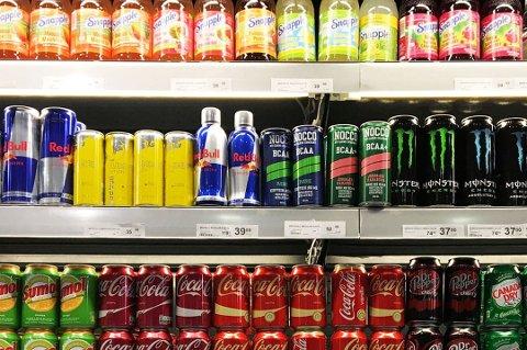 MEST EFFEKTIVT: Tannhelsetjenesten i Troms mener at en innføring av 18-års aldersgrense for kjøp av energidrikk på sikt vil være den mest effektive løsningen.