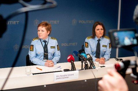 LØSLATES: Den siktede samfunnstoppen løslates i løpet av dagen. Her er politiinspektør Elin Norgård Strand (t.v.) og politistasjonssjef Anita Hermandsen på pressekonferansen i forbindelse med fengslingsmøtet for en måned siden.