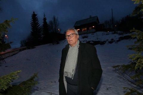 MISTET HUSET: Tre år etter at Gunnar Moen og kona mistet huset i Hagavegen i Tromsø, er tomta omsider byggeklar. Det nye huset skal etter planen stå ferdig om 10 måneder.