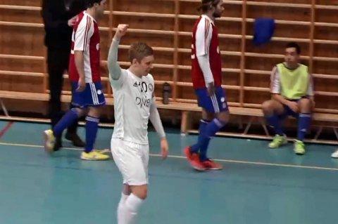 Tobias Schjetne jubler for 3-0-scoringen mot KFUM søndag.