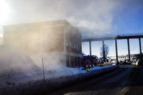 Slik så det ut da brannstasjonen i Tromsdalen ble brukt som øvingslokale.