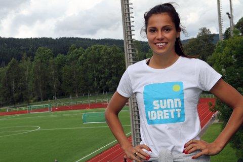Friidrettsprofilen Amalie Iuel er ambassadør for Sunn Idrett, som jobber for å forebygge spiseforstyrrelser blant unge idrettsutøvere og spre kunnskap om kosthold og ernæring. Hun skal være med å arrrangere egen jentecamp i Tromsø i april.