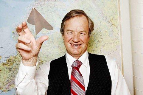 PENGER Å TJENE: Er du blant de heldige som hadde aksjer i Norwegian 20. mars, kan du få en kjempegevinst fra Bjørn Kjos og co. (NTB scanpix)