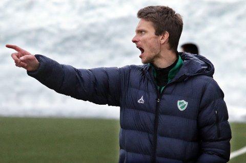 IKKE FORNØYD: Fløya fikk TUIL i cupens første runde, noe hovedtrener David Lundblad ikke er helt fornøyd med. FOTO: Anders Mo Hanssen.