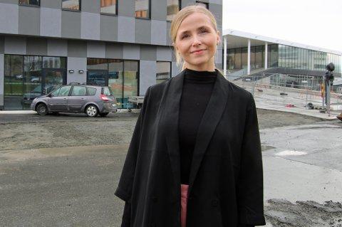 GRØNN GRÜNDER: Sunn mat og drikke står på menyen når Camilla Lavold til sommeren åpner spisestedet «Jus» i Amundsengården ved havneterminalen på Prostneset.