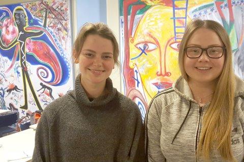 Sofie Pettersen og Marja Hætta lar seg ikke lokket av forslaget om å melde flytting - i alle fall ikke ennå.
