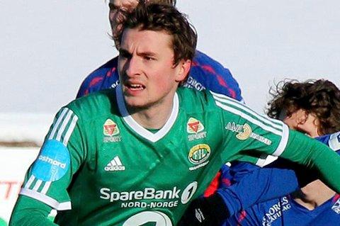 TOPPER BØRSEN: Jonathan Barlow, her i spill for Finnsnes ved en tidligere anledning, hentet med seg både gult kort og fem børspoeng mot Fløya.